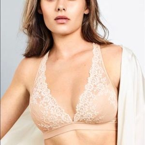 NEW Embrace Lace Wire Free Bra 40